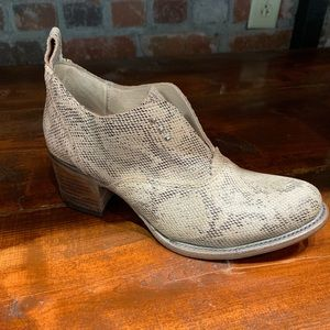 FREEBIRD snake skin (leather) booties